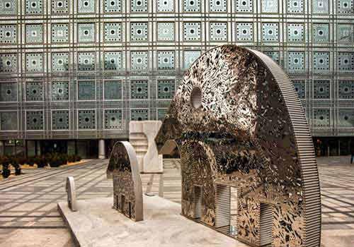همنشینی نور و شیشه درموسسه جهان عرب
