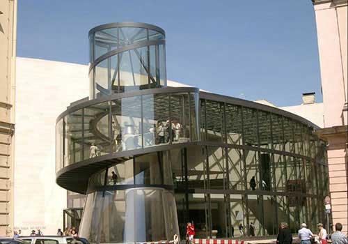 شیشه های مارپیچ در برلین