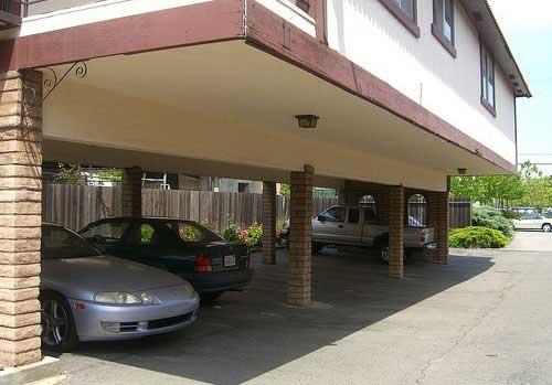 پارکینگ اختصاصی و مشاع