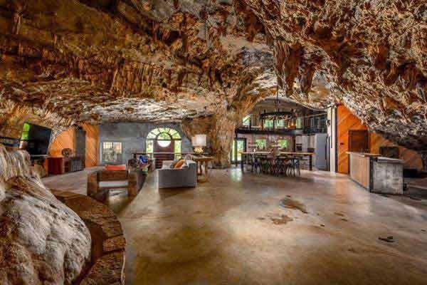 فروش خانهای درون غار
