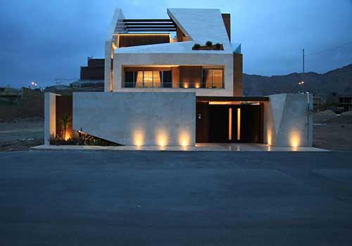 حیاط معماری ایرانی