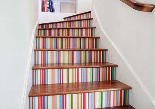 کاغذ دیواری مناسب پله