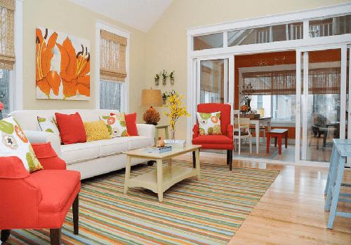 اتاقی با رنگ های روشن و شاد