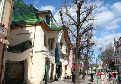 خانه منحنی سوپوت