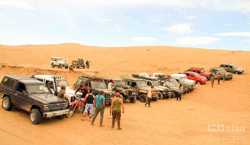 آفرود سواری در کویر مرنجاب