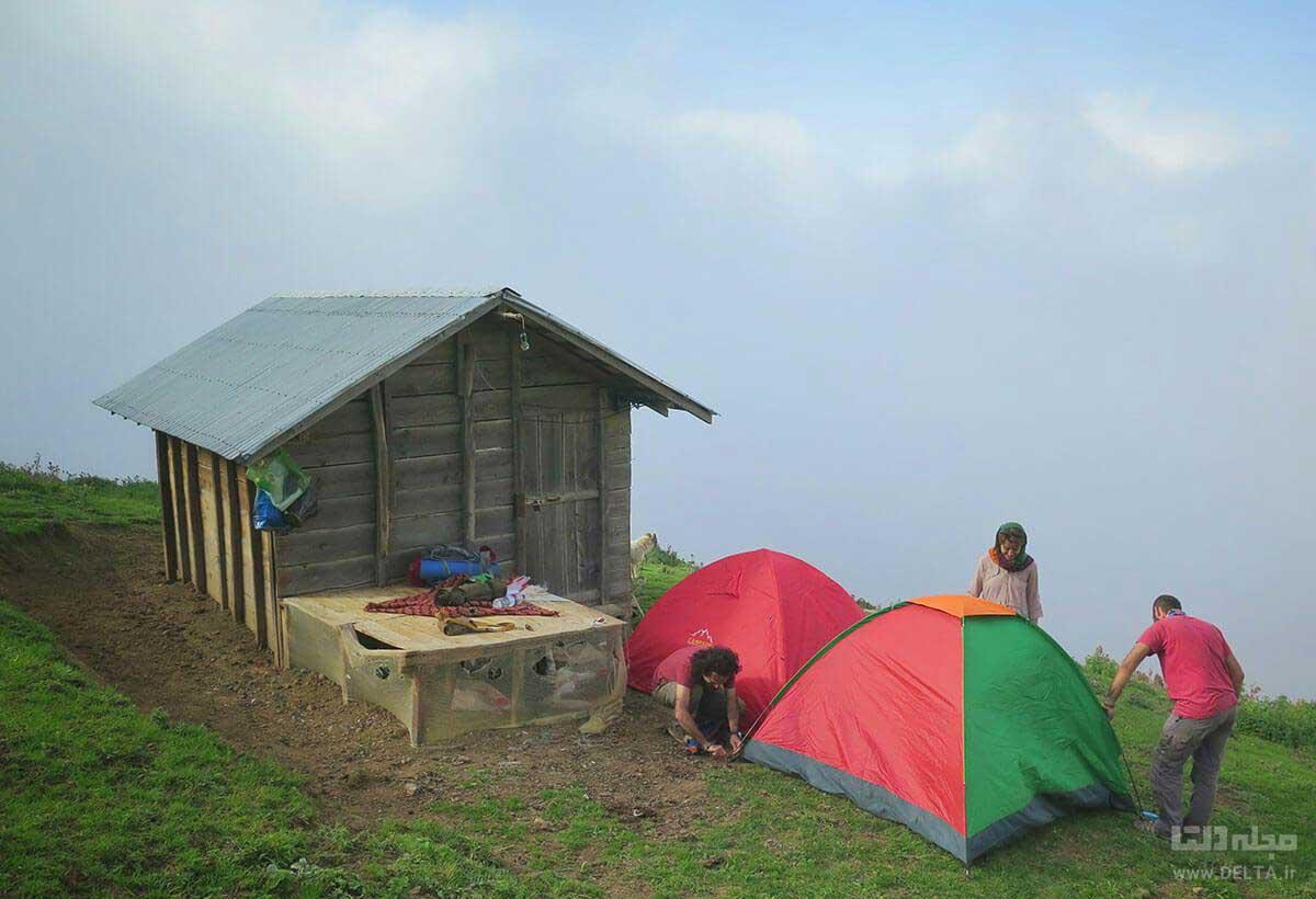 گردشگران مازیچال
