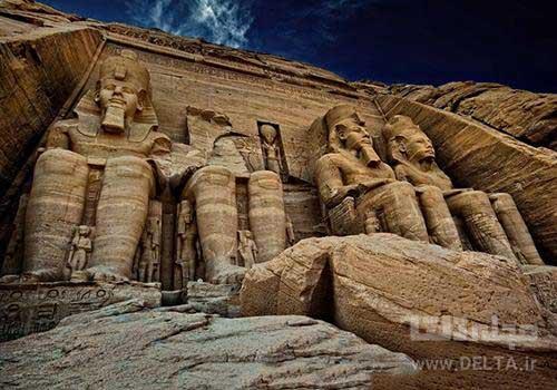مجسمه های 20 متری ابو سمبل