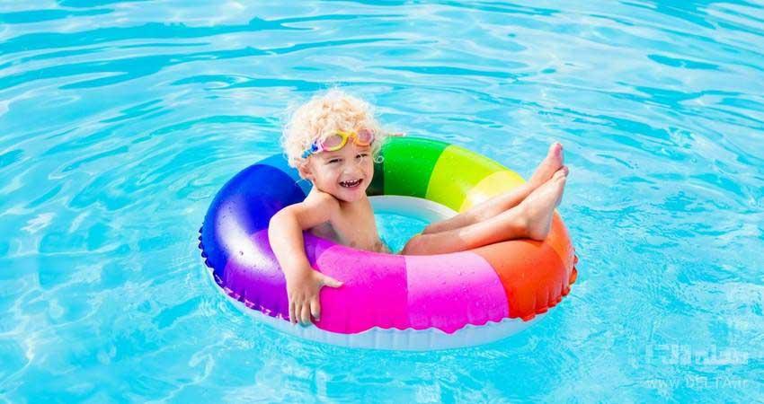 شنا در استخر