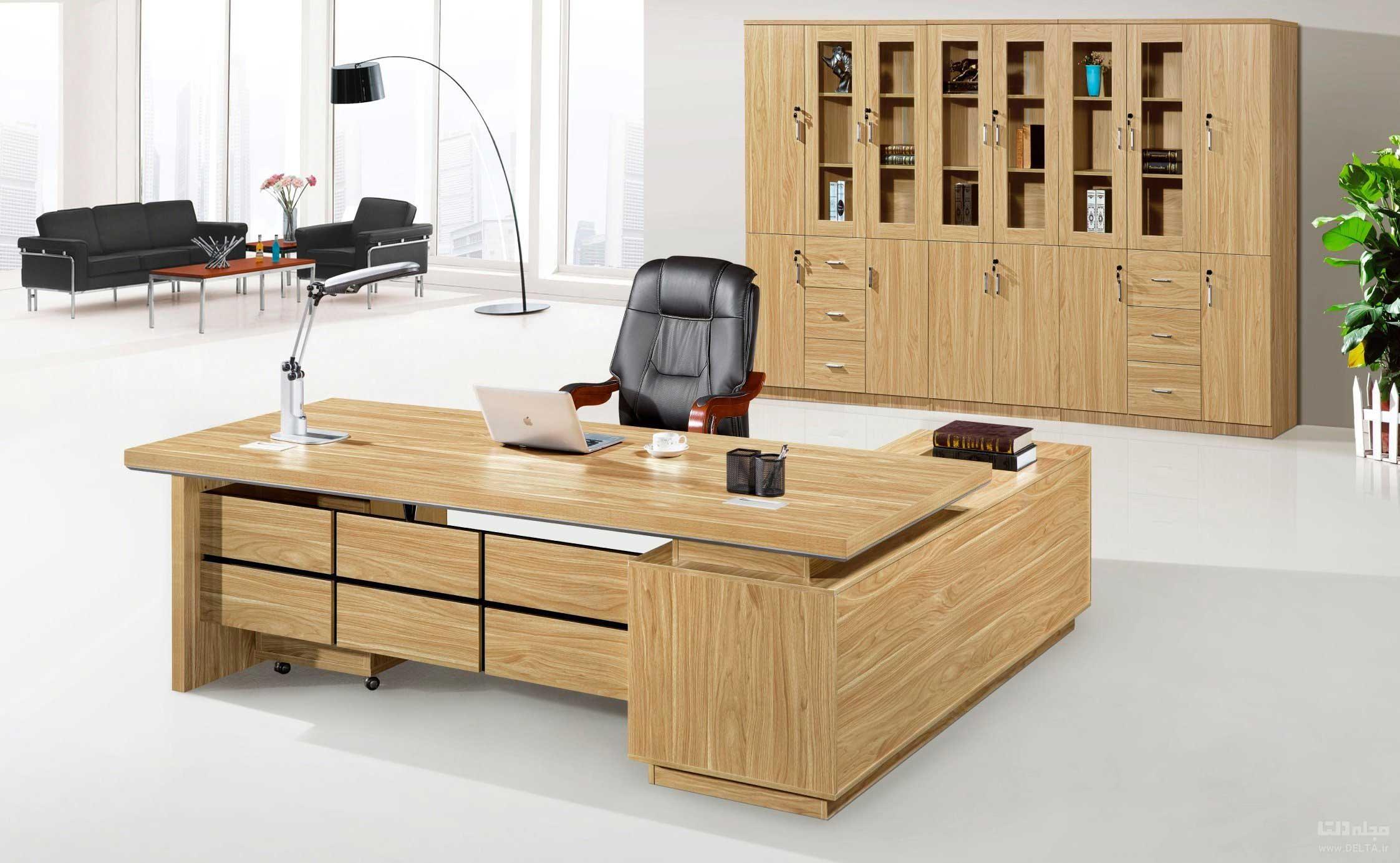 میز مدیریتی در اداره