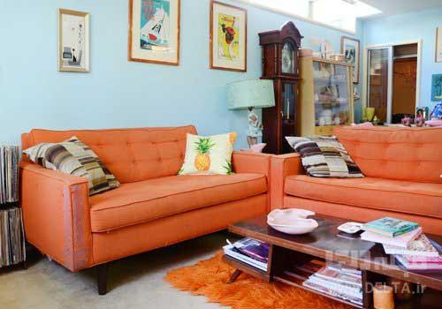 ترکیب رنگ نارنجی و آبی در دکوراسیون