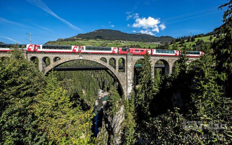 راه آهن ریشن جاهای دیدنی سوئیس