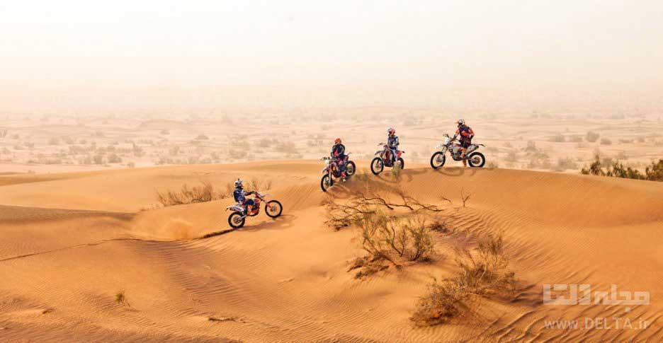 موتور سواری در کویر یزد