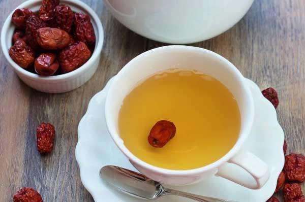 دمنوش-و-چای-عناب