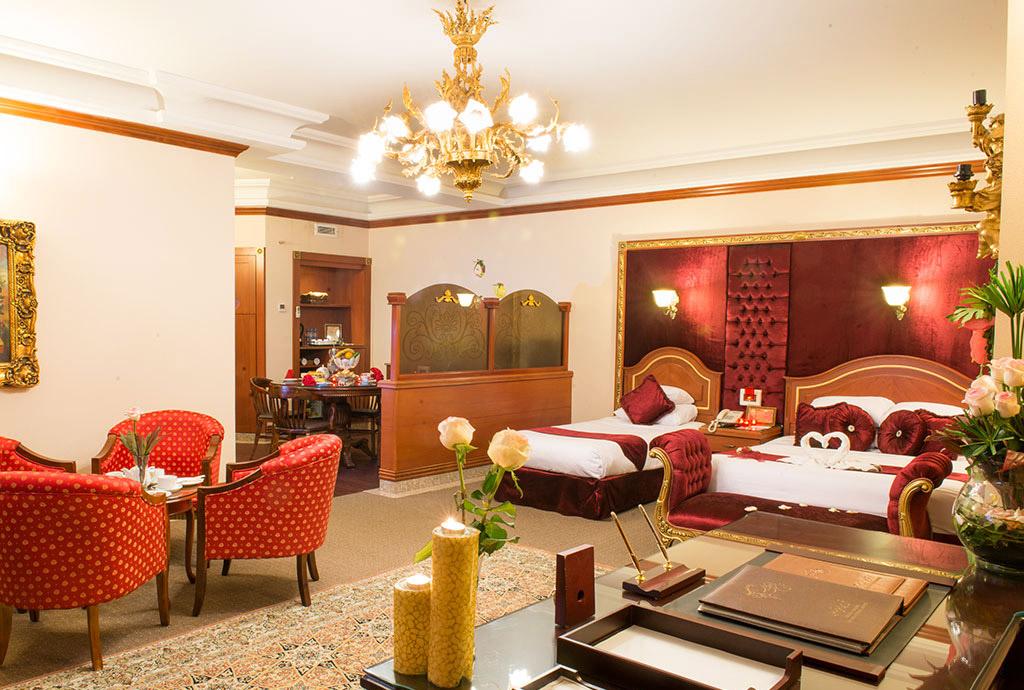 مشهد هتل قصر