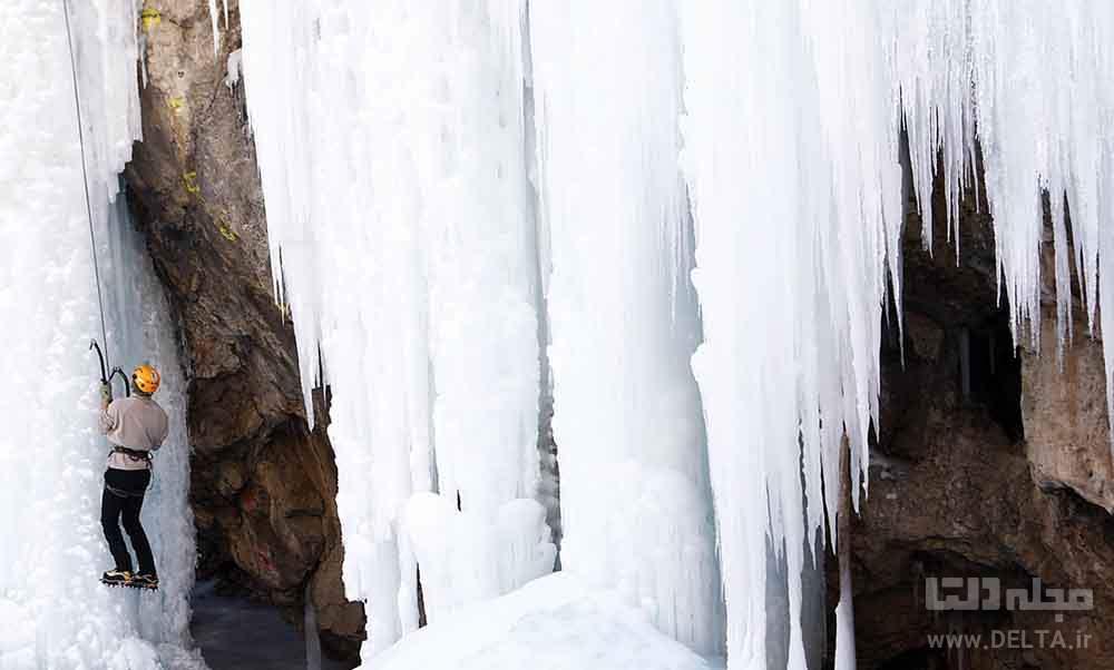 آبشار یخی دره هملون میگون تهران