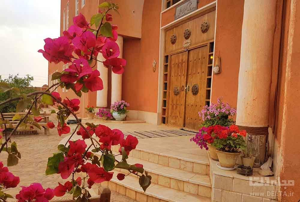 انمکانات هتل سنتی کویر
