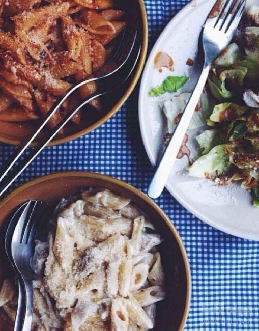 رستوران چار میز یا پاستا چارمیز