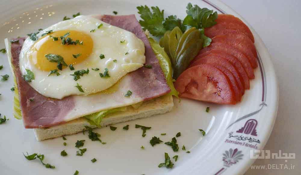 بوفه صبحانه هتل پارسیان