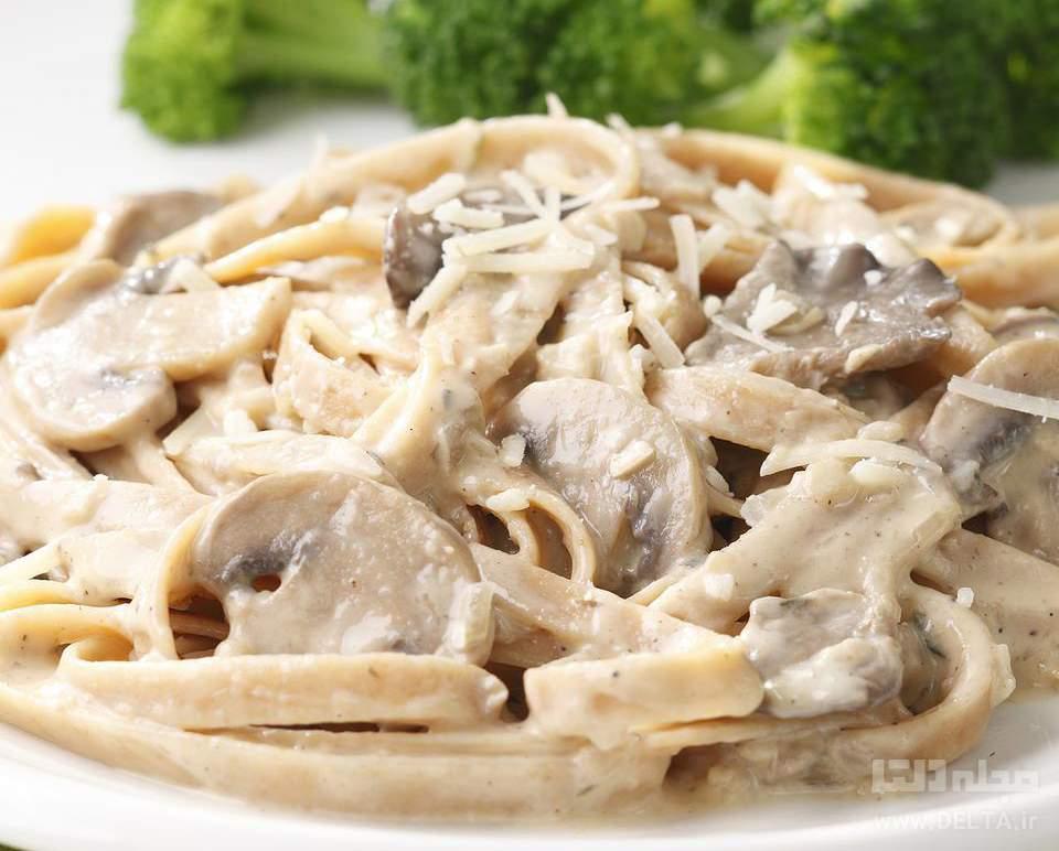 طرز تهیه پاستا با سس قارچ
