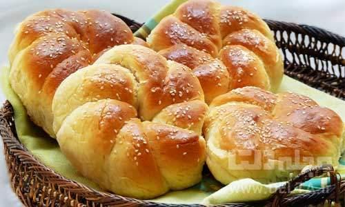 طرز تهیه نان شیرمال