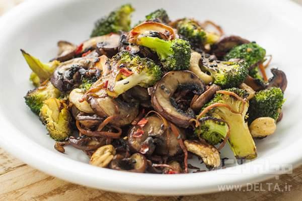 خوراک قارچ و سبزیجات