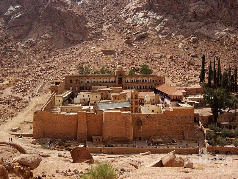 صومعهی سنت کاترین جاذبه های دیدنی مصر