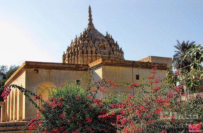 معبد هندوها جاهای دیدنی جنوب ایران