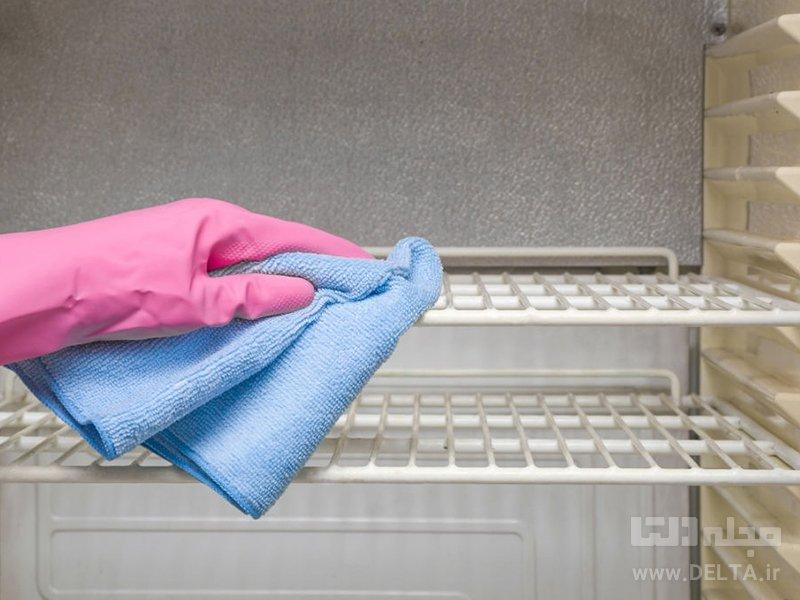 نحوه تمیز کردن یخچال با جوش شیرین