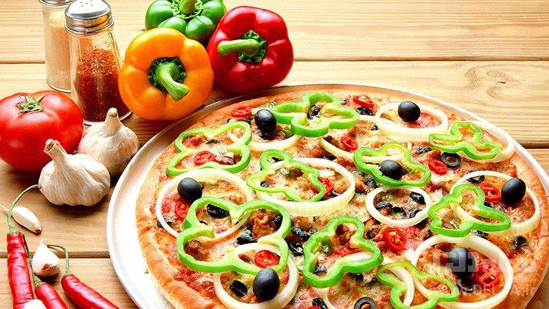 پيتزا فلفل دلمه اي رژيمي