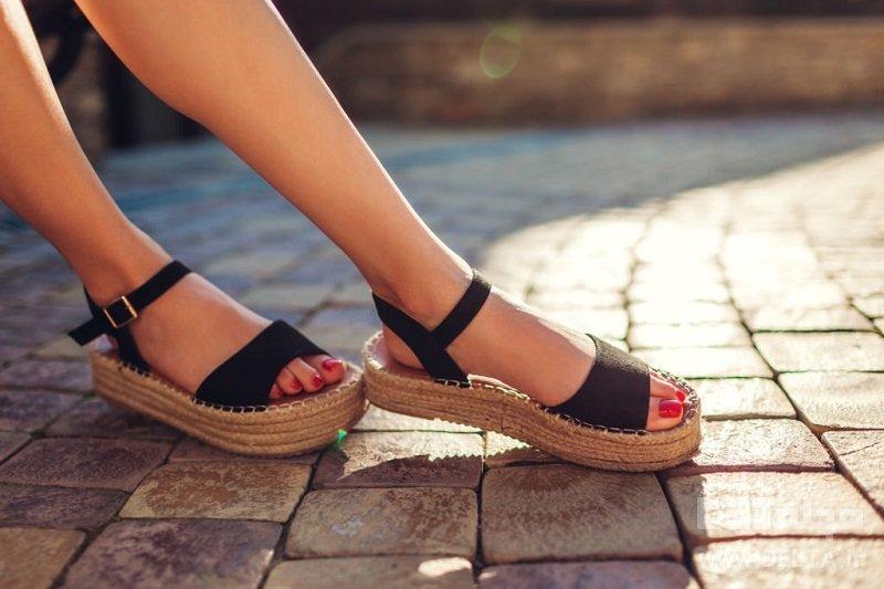 كفش تابستانه