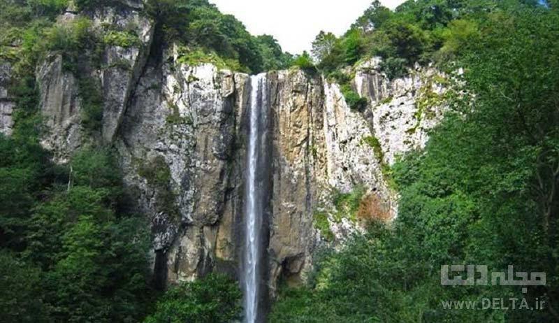 آبشار چرونيز دشت ارژن