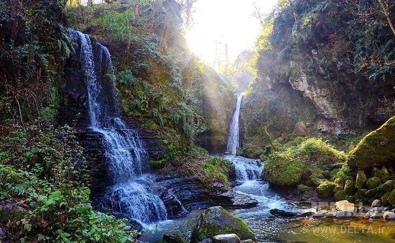 آبشار زمردگيلان