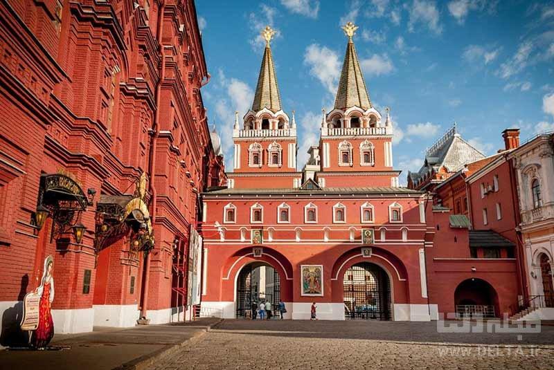دروازه رستاخیز و موزه دولتی تاریخ روسیه در مسکو