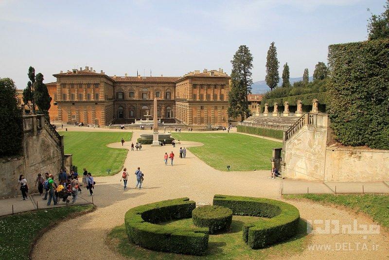 کاخهای پیتی و باغهای بوبولی