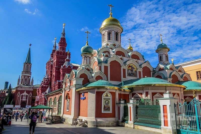 کلیسای جامع بانوی ما از کازان میدان سرخ