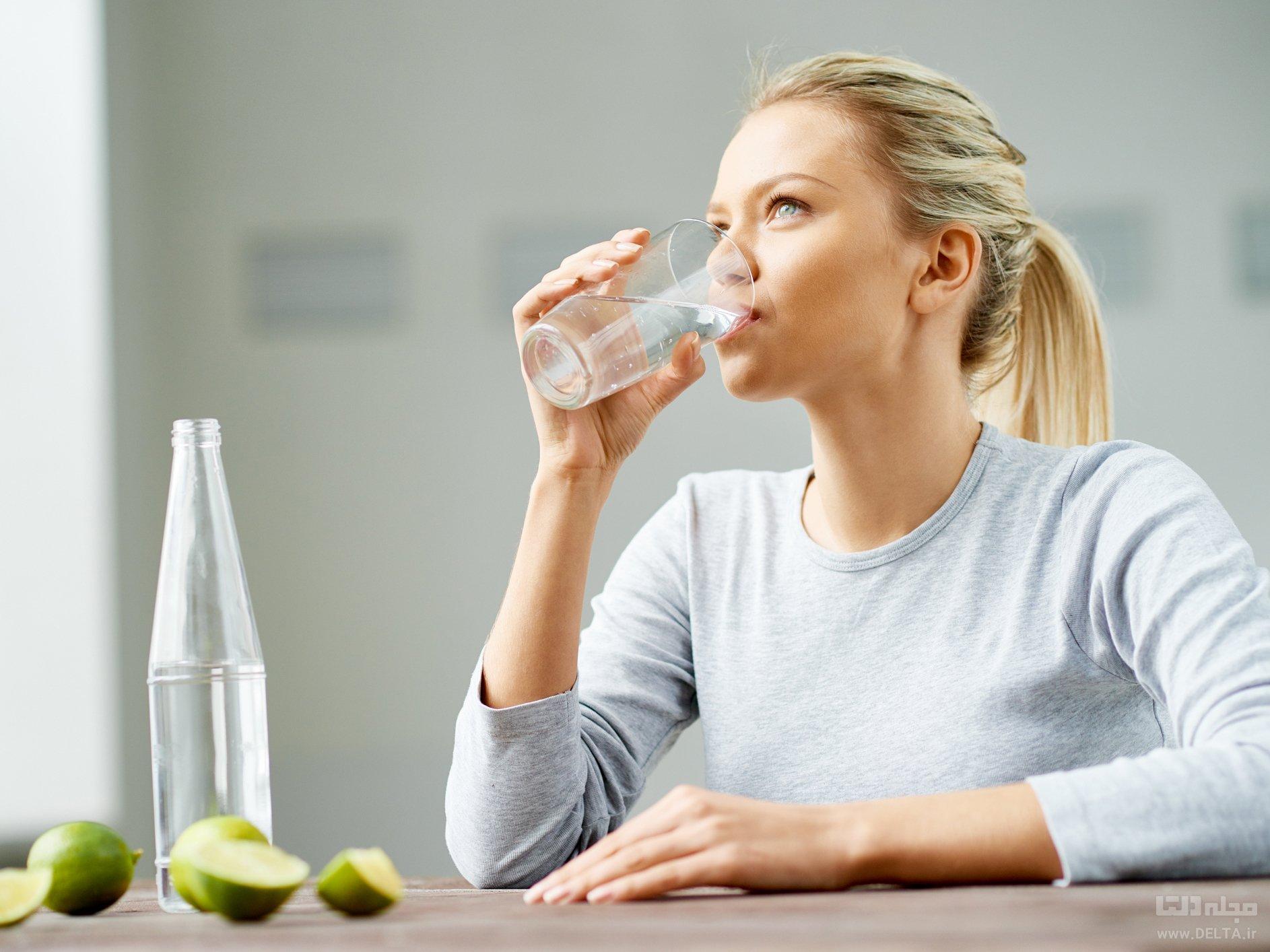 آب نوشيدن
