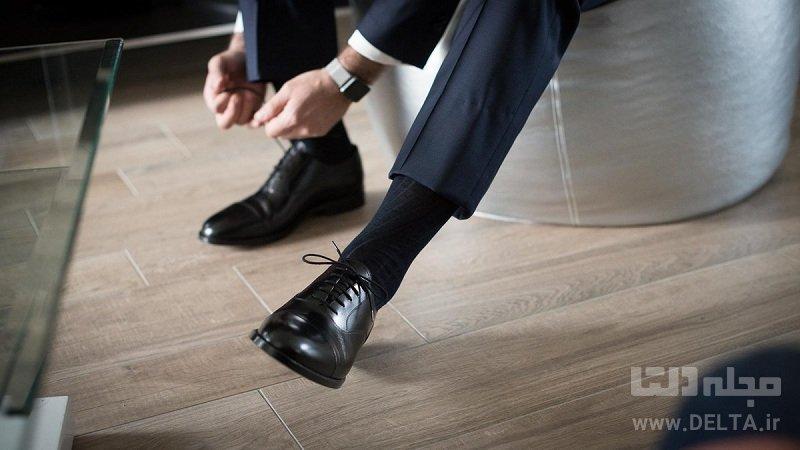 کفش مشکی و کت و شلوار