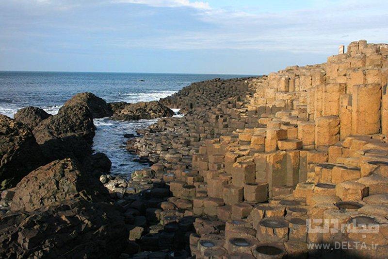 Giant's Causeway، ایرلند و اسکاتلند جاذبه های گردشگری عجیب دنیا