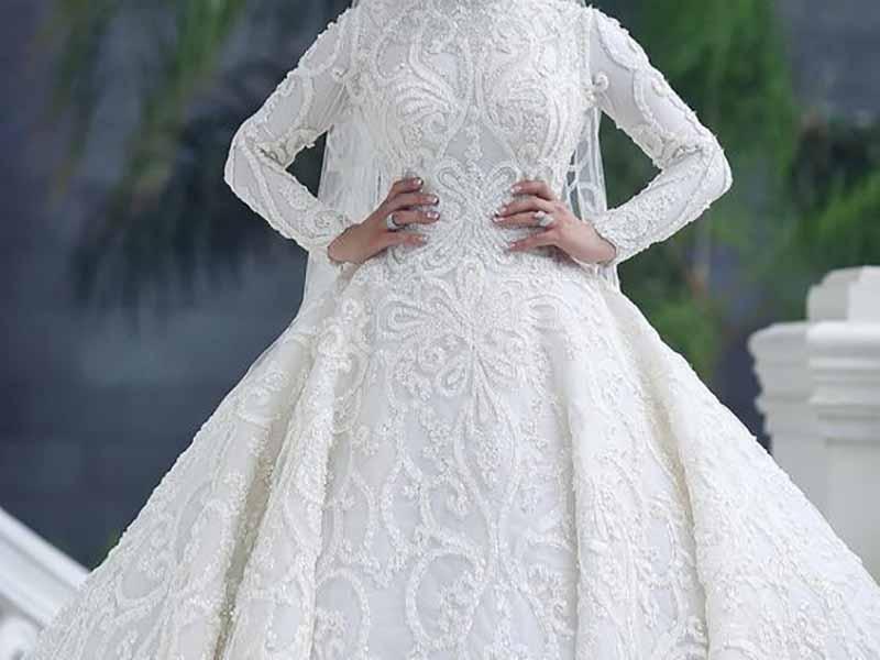 لباس عروس پوشيده