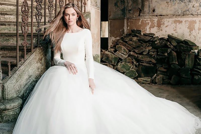 لباس عروس با آستين
