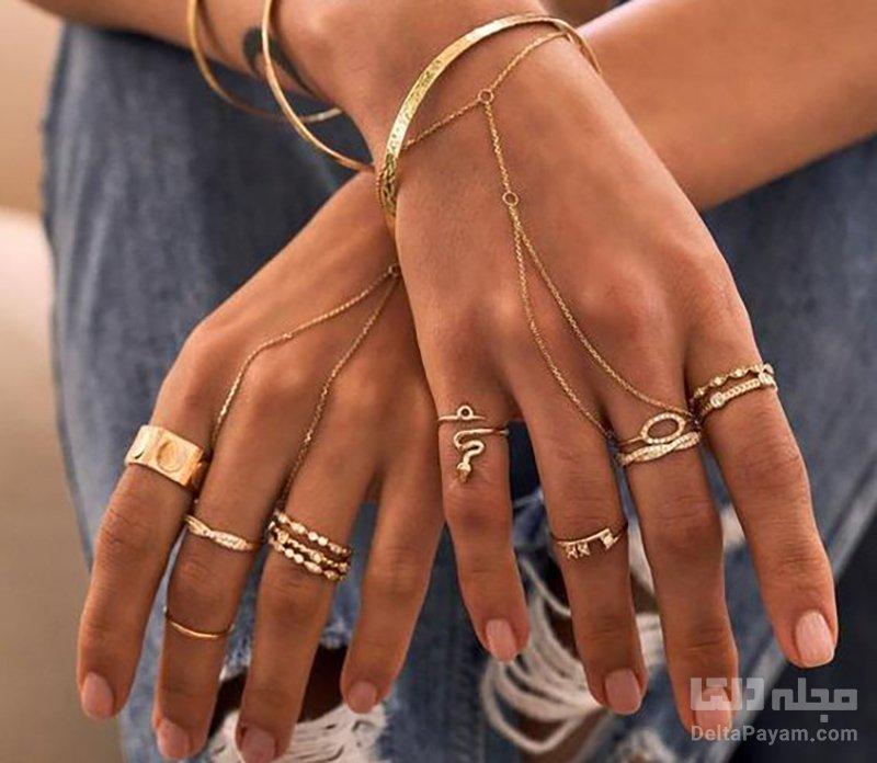 لباس تکراری جواهرات