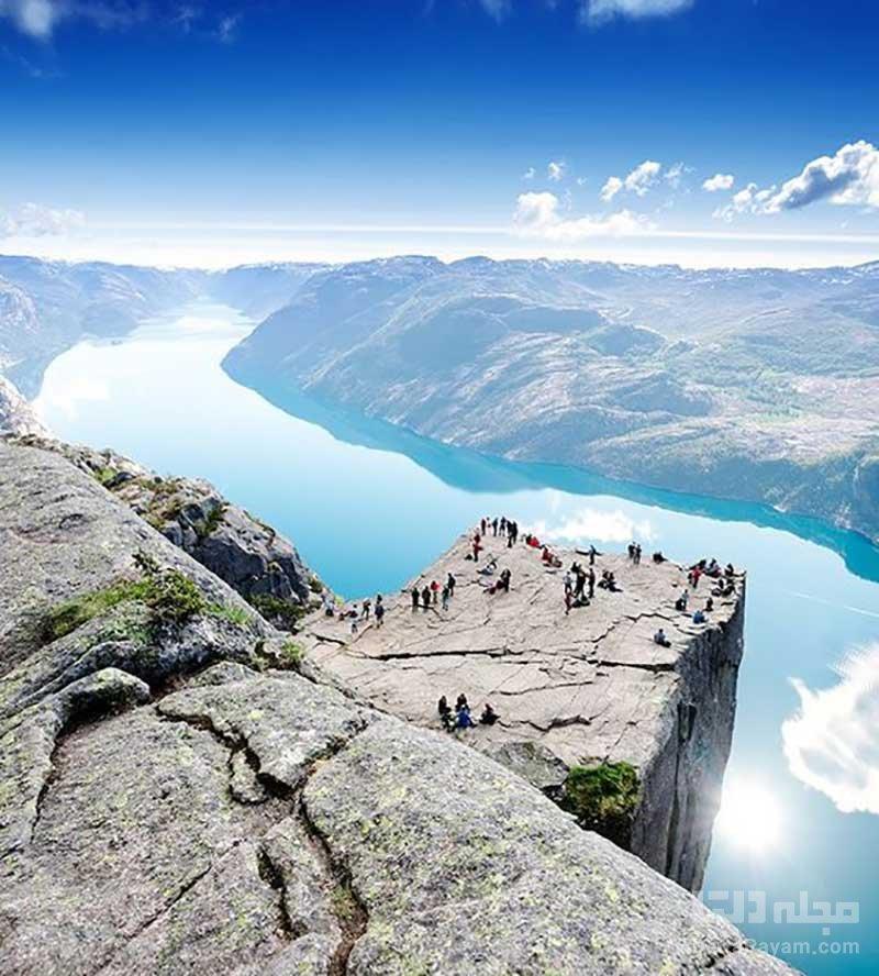 صخره پریکستولن در نروژ