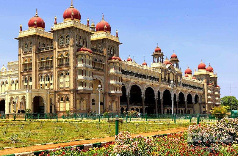 آشنایی با قصر میسور در هند