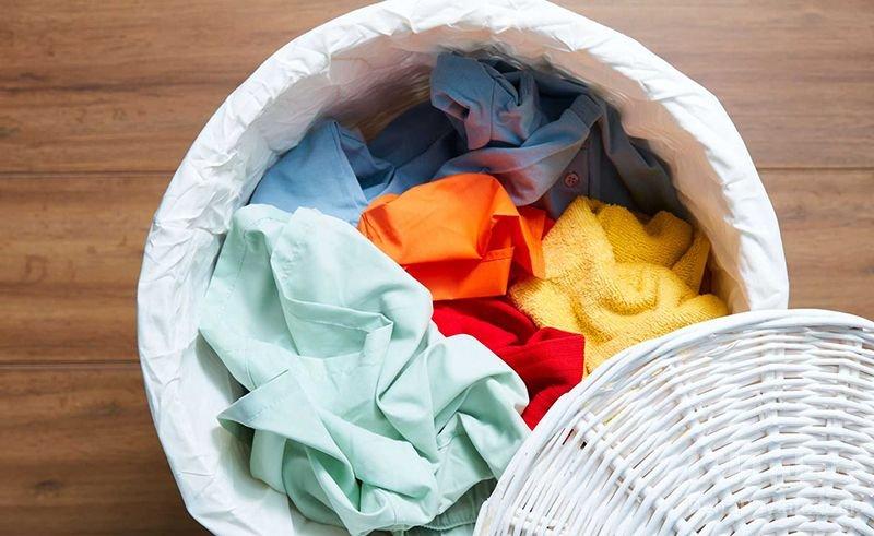 رنگ دادن لباس