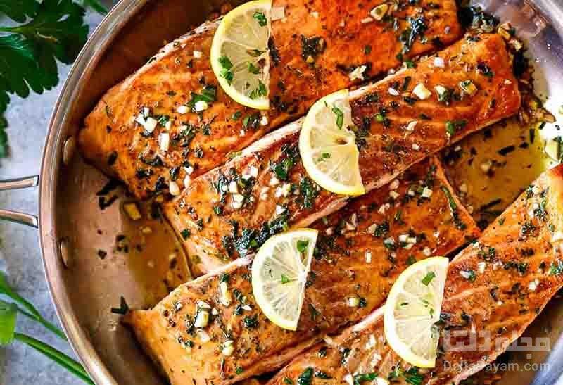 ماهی سالمون و سالاد نودل