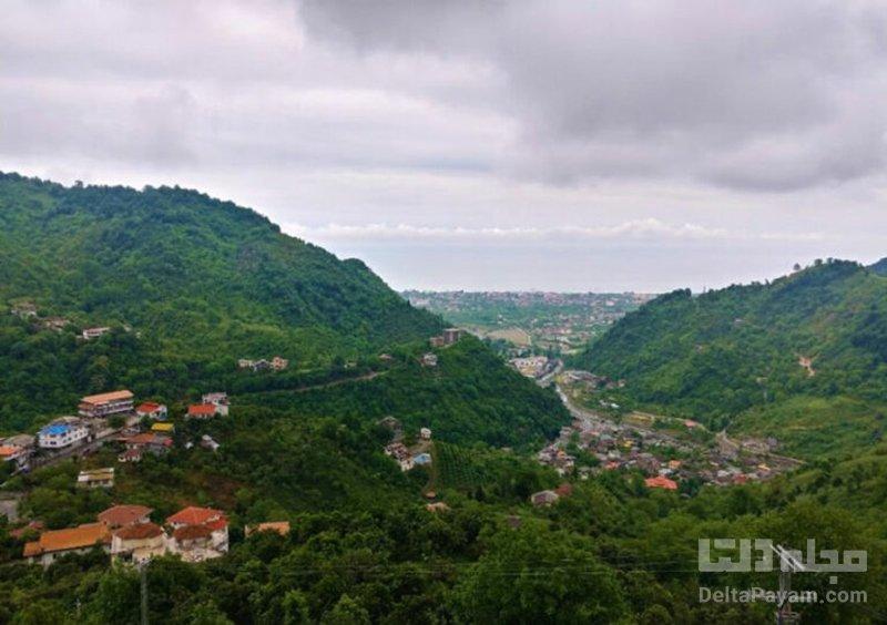 سرولات، چشماندازی بینظیر از کوه، دره و دریا