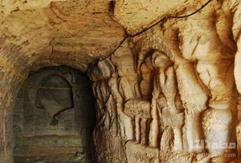 پشت ورودیهای غار خربس چه میبینیم؟