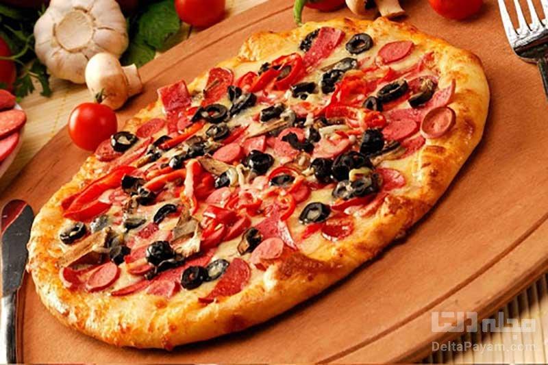 پیتزا-سوسیس