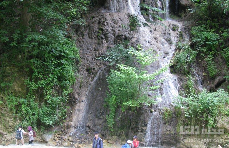 کی به آبشار سمبی برویم؟