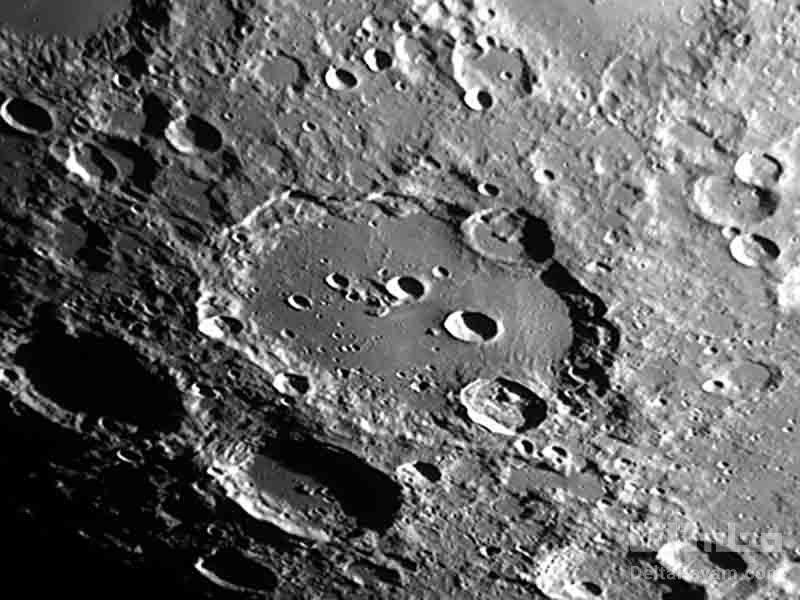 کشف وجود آب در سطح ماه